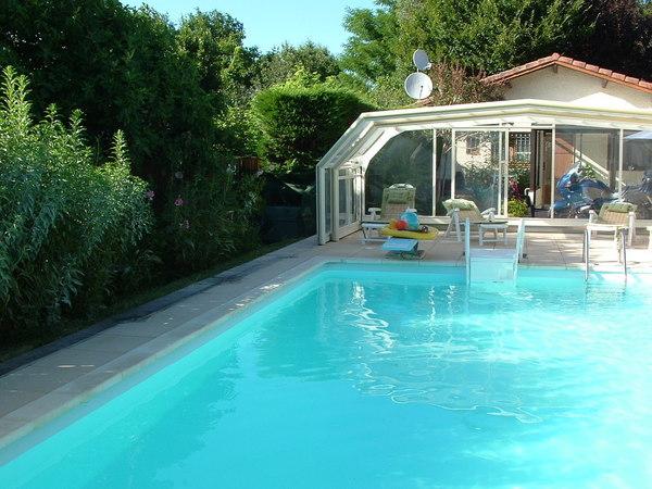 Gites salles gite de la leyre piscine chauffe bassin d for Piscine bassin d arcachon