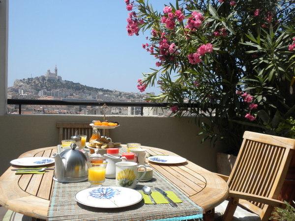 Bed  Breakfast Marseille Bnb Les Amis De Marseille